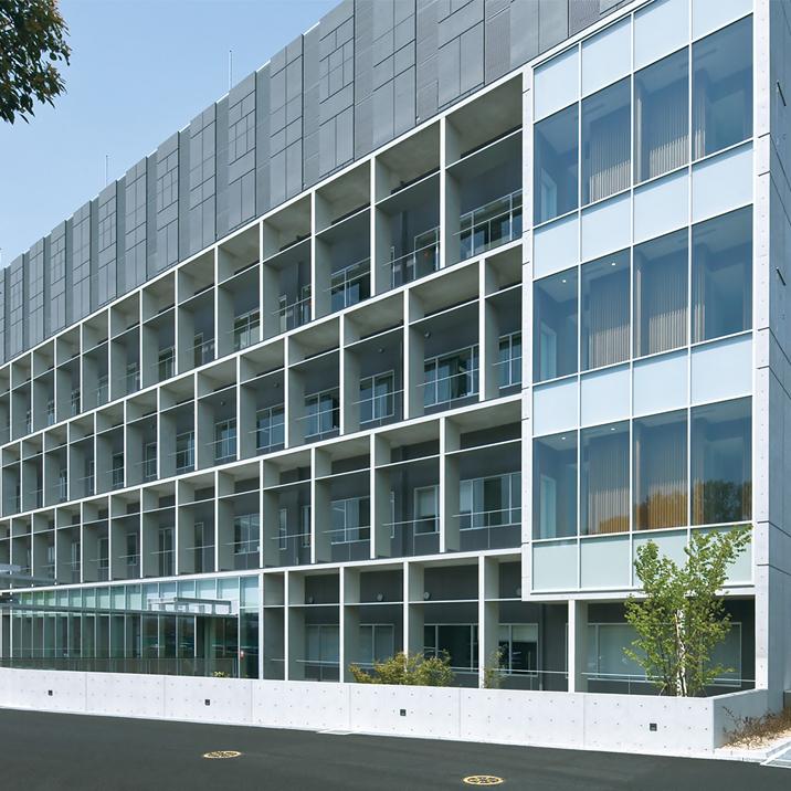 写真:情報通信研究機構<br>脳情報通信融合研究センター