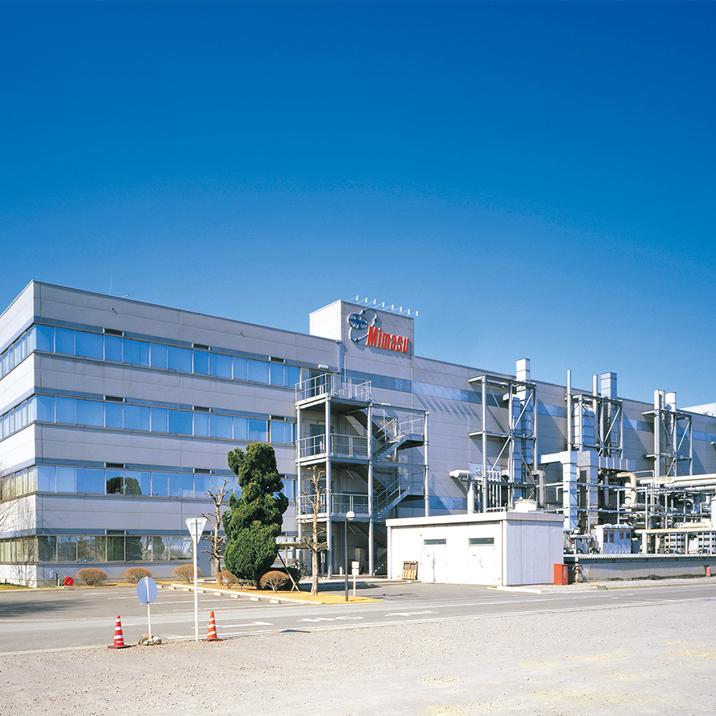 写真:三益半導体工業(株)<br>半導体事業部上郊工場